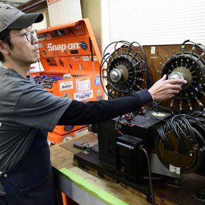 VV12s magneto tech_COX2991